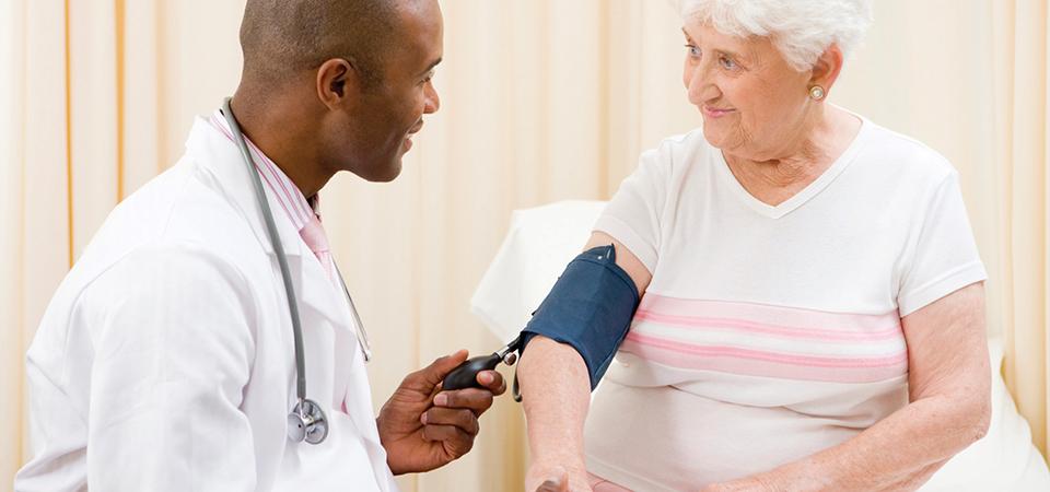 enfermedades de ancianos enfermeros