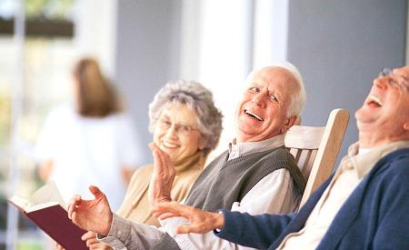 Residencia de ancianos: ventajas de vivir en una