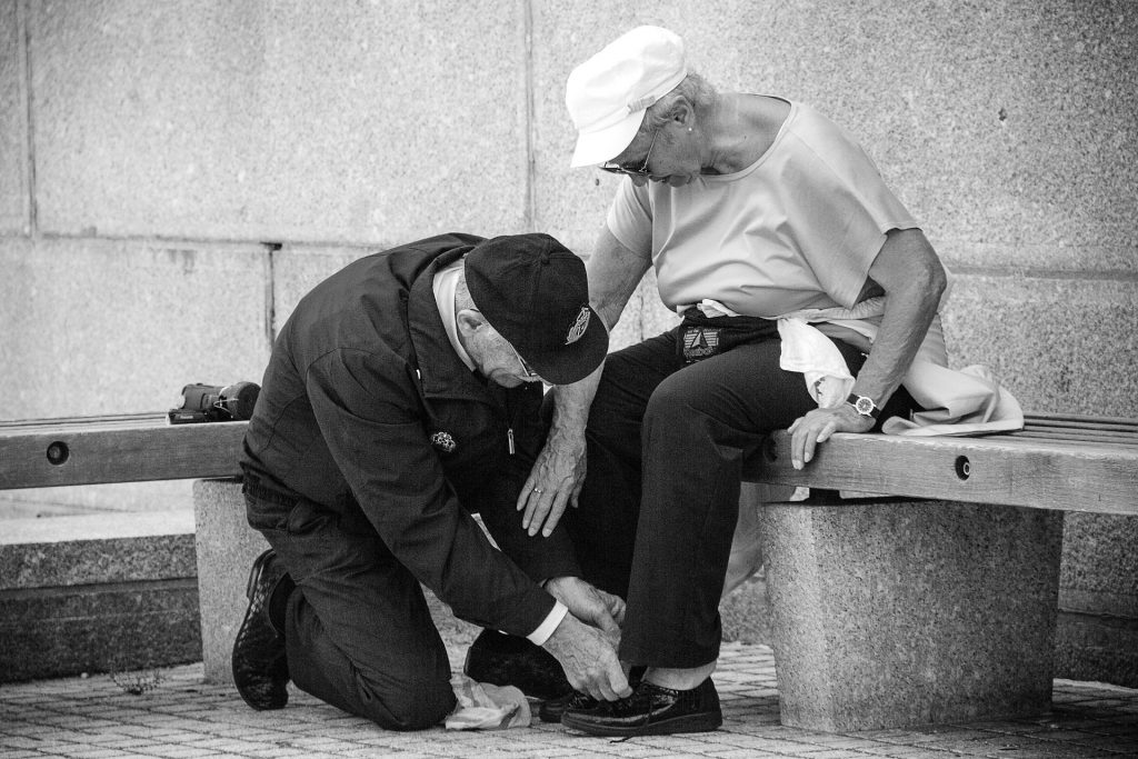 ancianos socialización